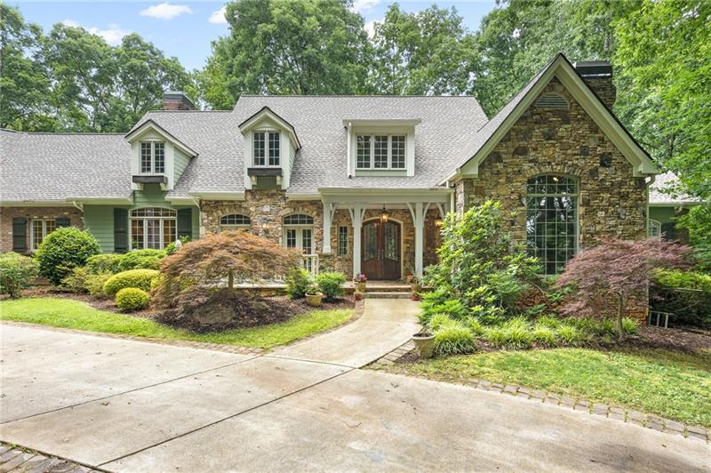 Image for property 1000 Lakeview Trail, Canton, GA 30115