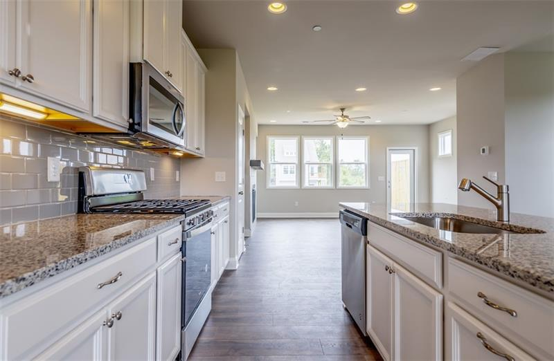 Image for property 29 Downsby Lane, Woodstock, GA 30189