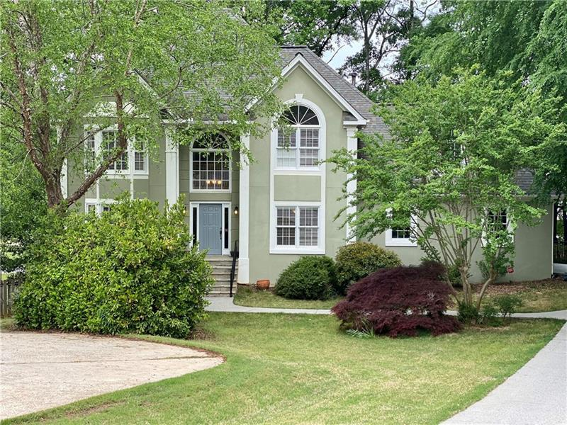 Image for property 125 Burnham Wood Lane, Alpharetta, GA 30022