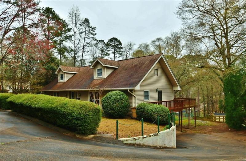 Image for property 3729 Griffin Drive, Gainesville, GA 30506