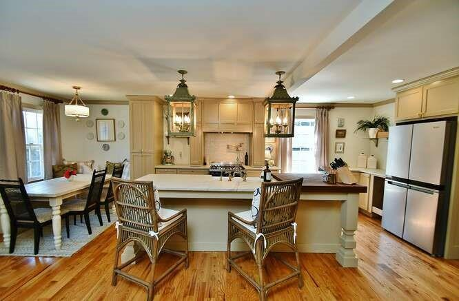 Image for property 939 Chattahoochee Drive, Gainesville, GA 30501