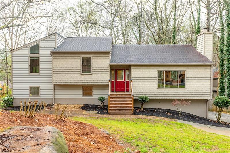 Image for property 696 Willow Mill Court, Marietta, GA 30068