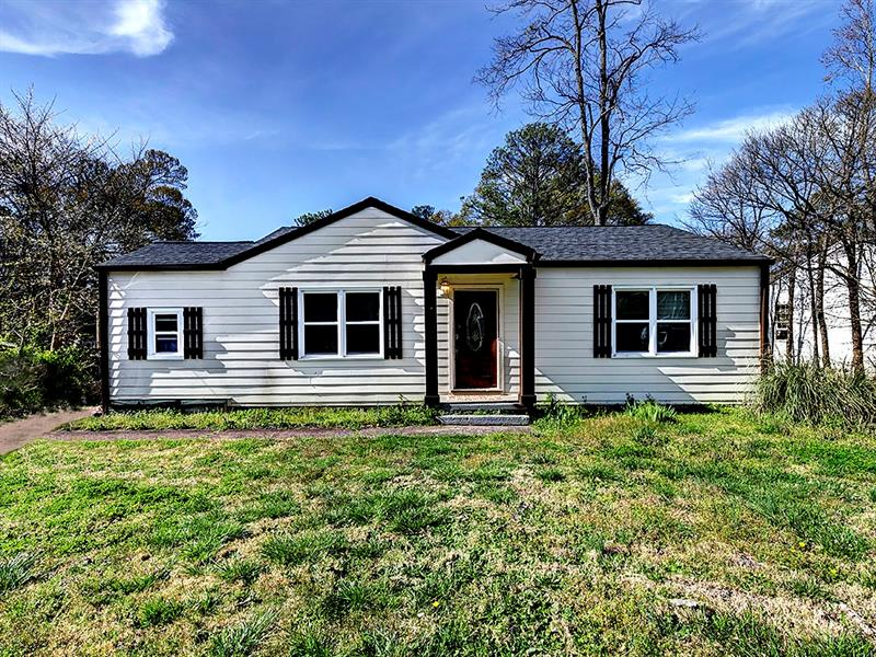 Image for property 1900 Clearwater Drive, Marietta, GA 30067