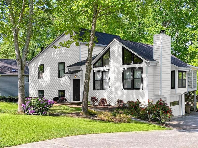 Image for property 805 Montclaire Place, Woodstock, GA 30189