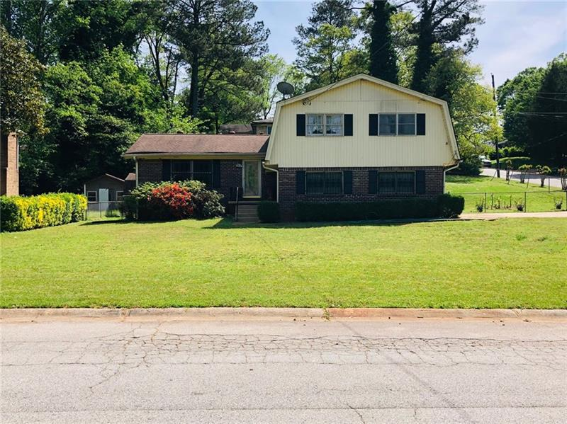 Image for property 2379 Tiffany Circle, Decatur, GA 30035
