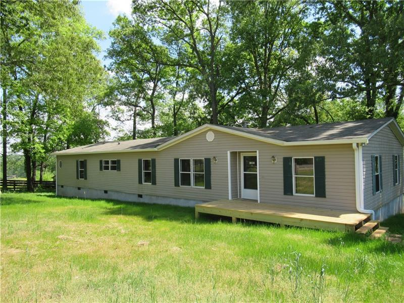 Image for property 1881 Groaning Rock Road, Commerce, GA 30530