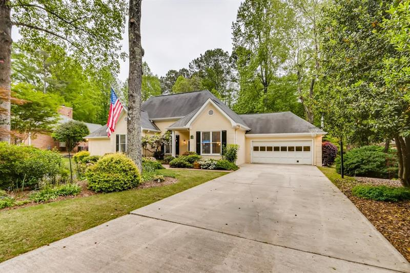 Image for property 115 Kenton Place, Peachtree City, GA 30269