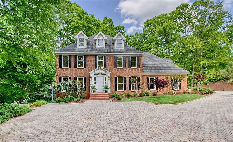Image for property 640 Valley Hall Drive, Sandy Springs, GA 30350