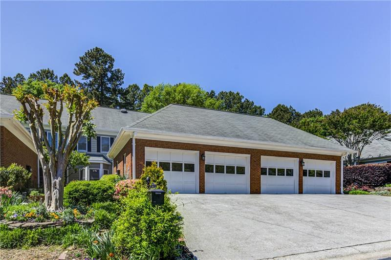 Image for property 3690 Wedgewood Chase, Peachtree Corners, GA 30092