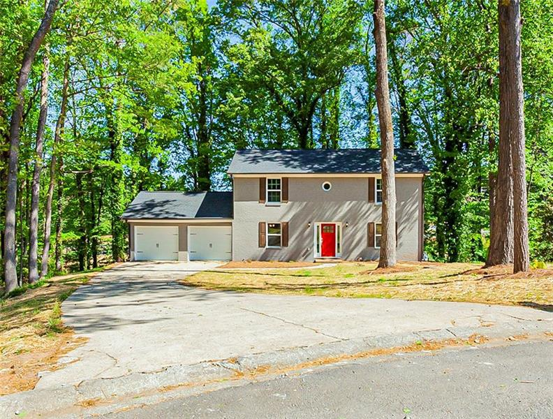 Image for property 1036 Knotts Pointe Drive, Woodstock, GA 30188