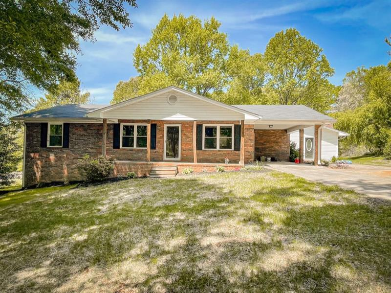 Image for property 145 Twin River Road, Demorest, GA 30535
