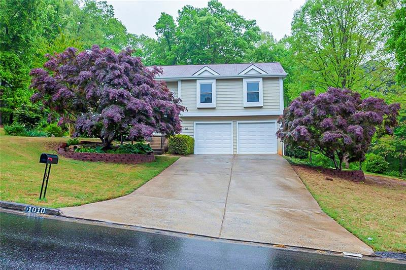 Image for property 1010 Taylor Oaks Drive, Roswell, GA 30076