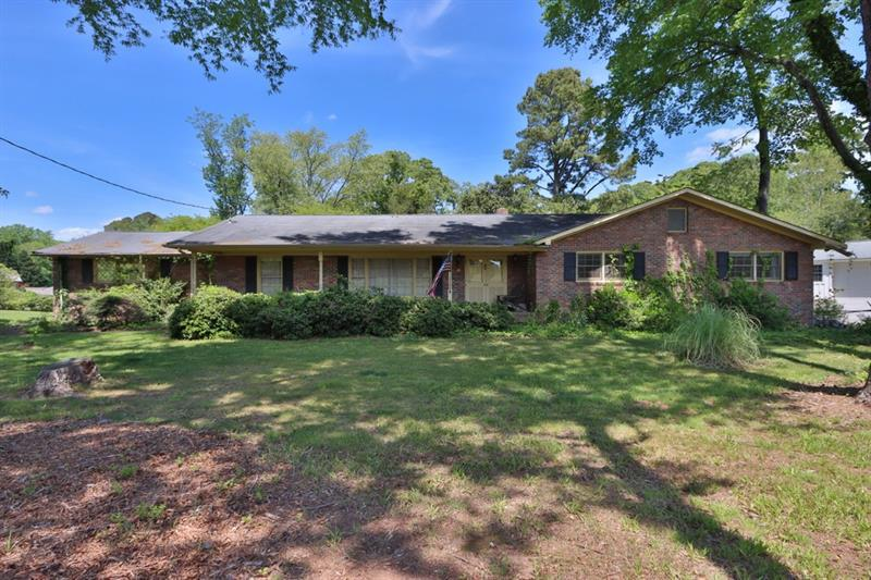 Image for property 172 Thompson Place, Gainesville, GA 30506