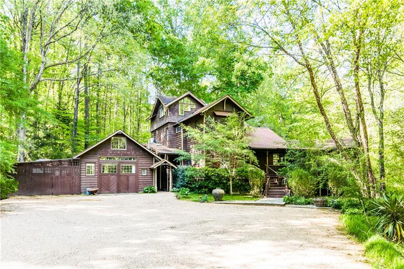 Image for property 734 Mountain Park Road, Woodstock, GA 30188