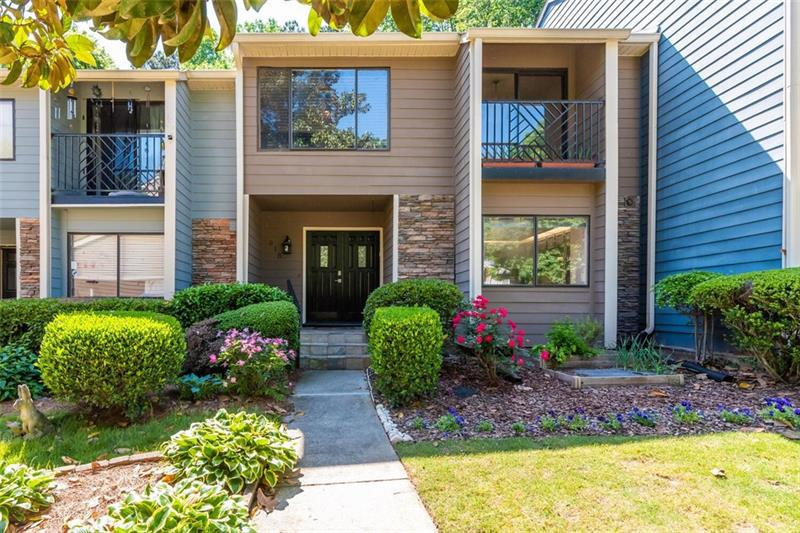 Image for property 518 SUTTERS Point, Atlanta, GA 30328