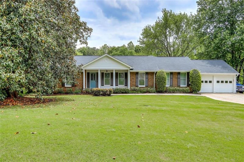 Image for property 720 LAKE CHARLES Way, Roswell, GA 30075