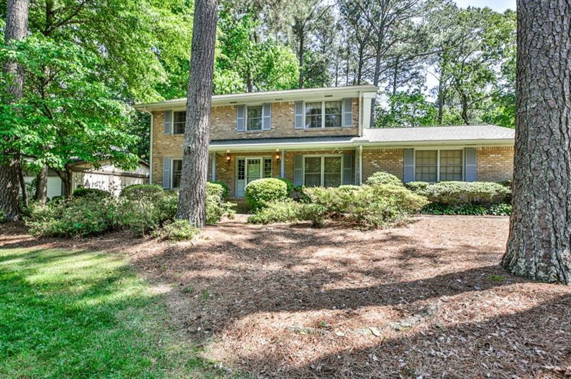 Image for property 2327 Riverglenn Circle, Dunwoody, GA 30338