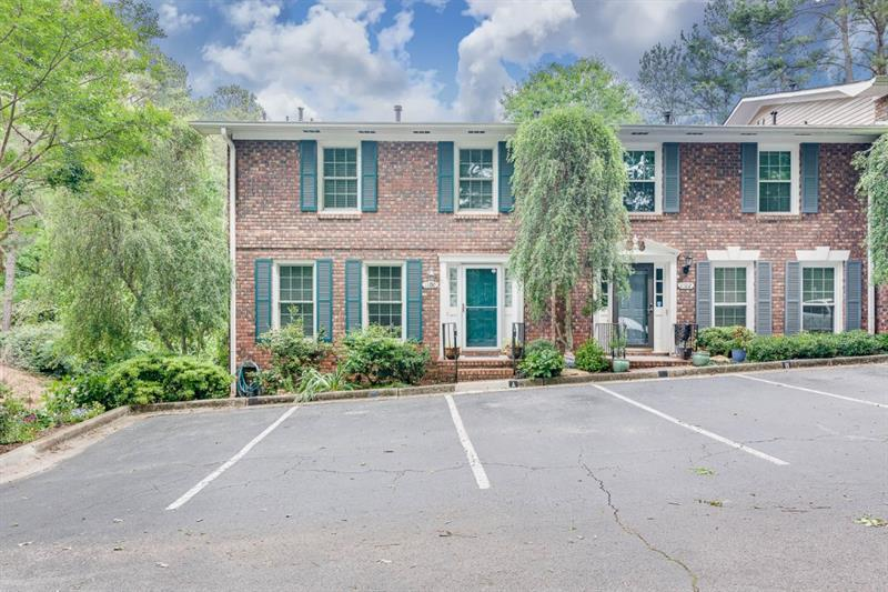 Image for property 1100 Moorestown Circle, Decatur, GA 30033
