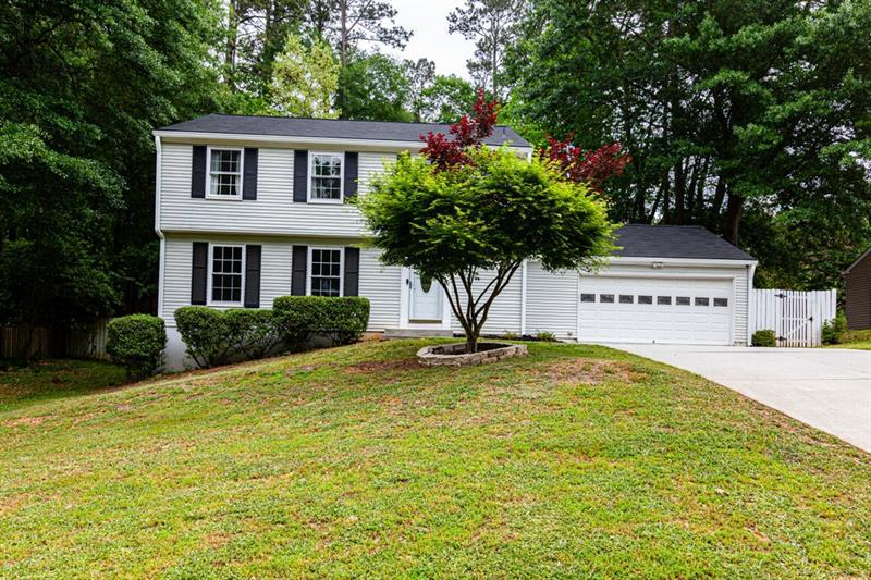 Image for property 9665 Pond Circle, Roswell, GA 30076