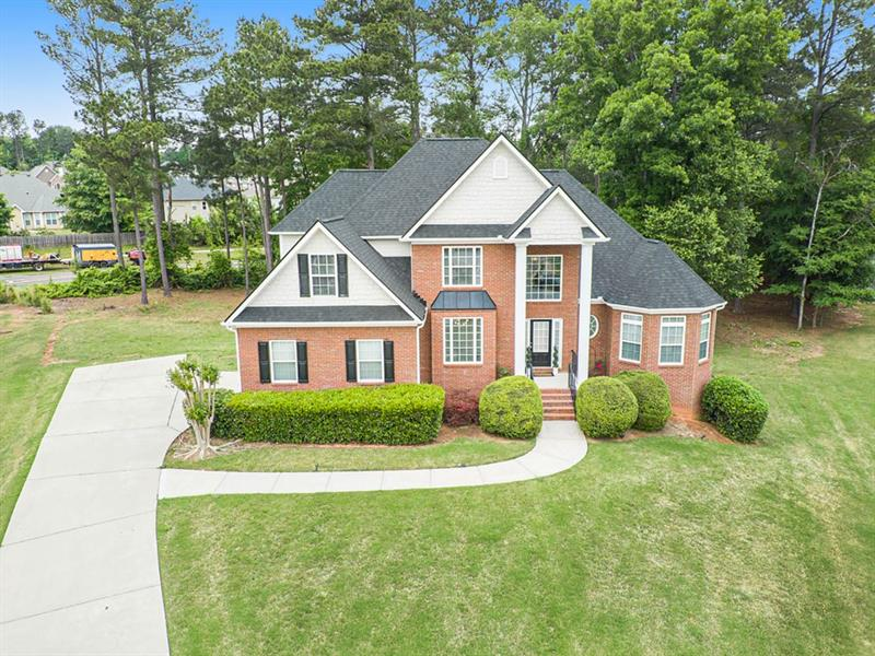 Image for property 200 Holcomb Court, Fayetteville, GA 30215