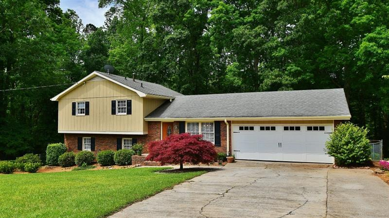 Image for property 2299 Cannon Hill Road, Lilburn, GA 30047