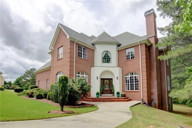 Image for property 134 Castlewood Road, Tyrone, GA 30290