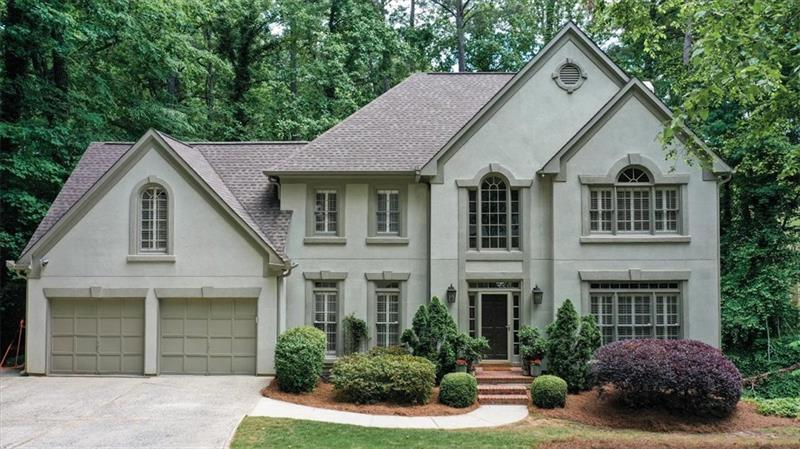 Image for property 620 Highlands Court, Roswell, GA 30075