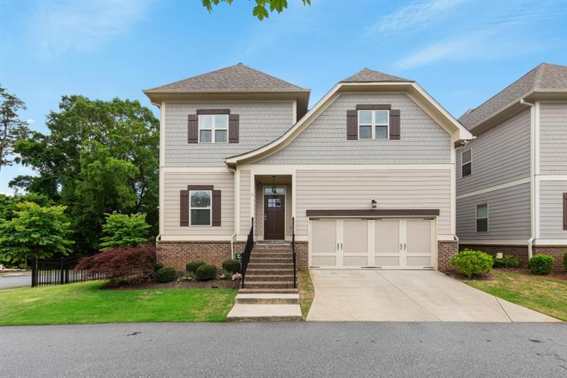 Image for property 35 Pine Street, Roswell, GA 30075