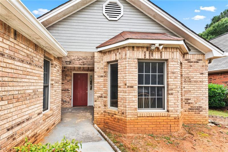 Image for property 3340 SALEM COVE Drive, Conyers, GA 30013