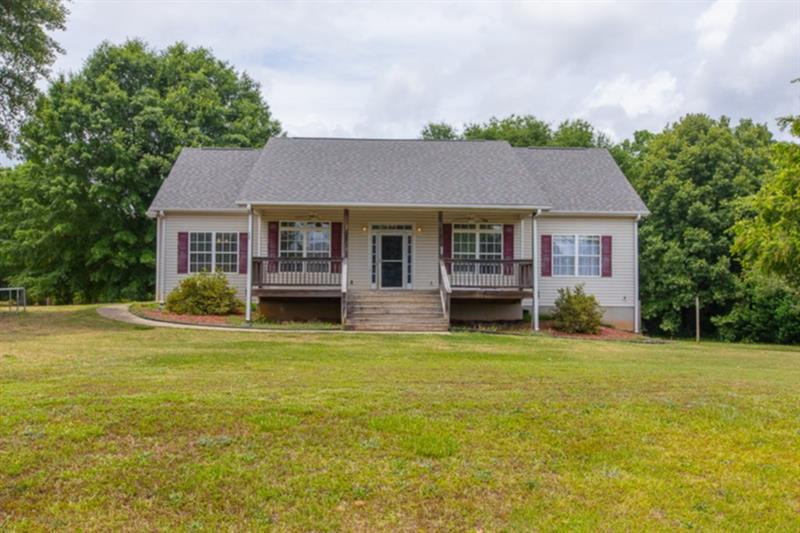 Image for property 334 Willowwind Drive, Loganville, GA 30052