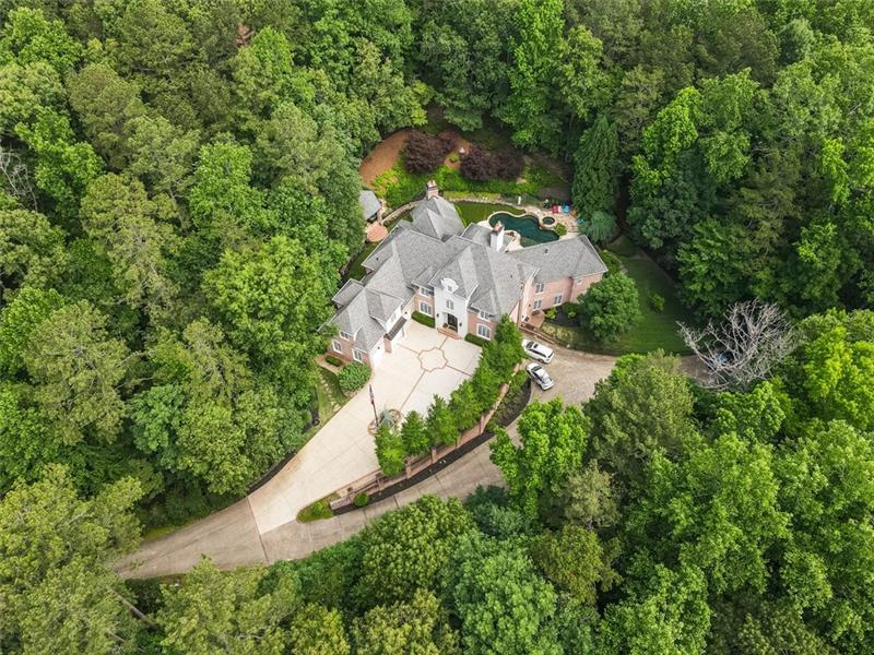 Image for property 123 RUSSELL Road, Roswell, GA 30075