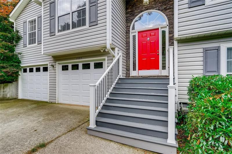Image for property 5503 Trophy Court, Flowery Branch, GA 30542