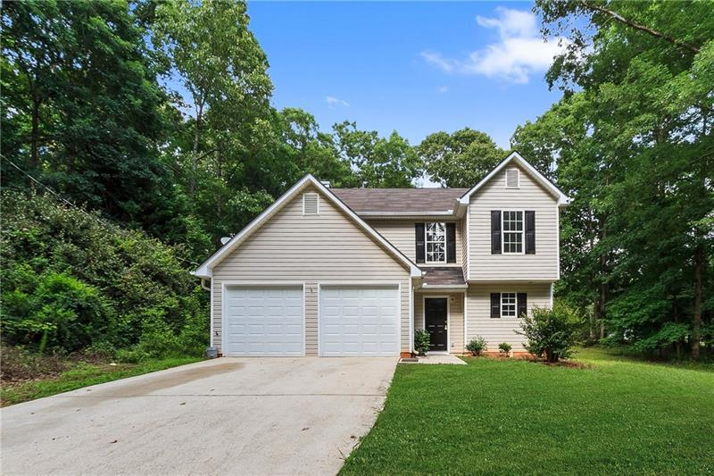 Image for property 321 Wolf Creek Place, Locust Grove, GA 30248
