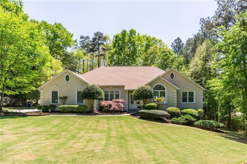 Image for property 3866 Sewell Mill Road, Marietta, GA 30062