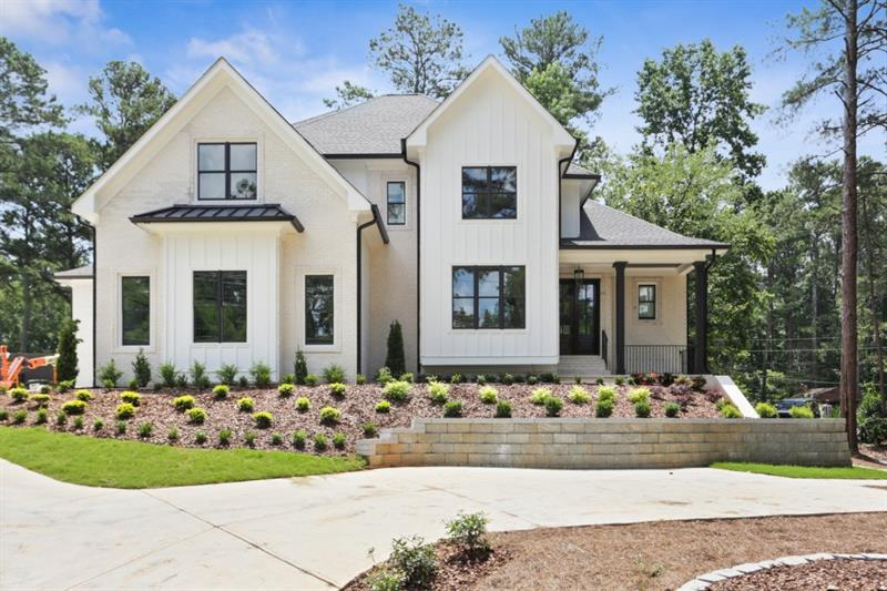 Image for property 4116 Lower Roswell Road, Marietta, GA 30068