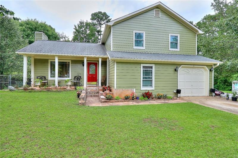 Image for property 3587 CHINABERRY Lane, Snellville, GA 30039
