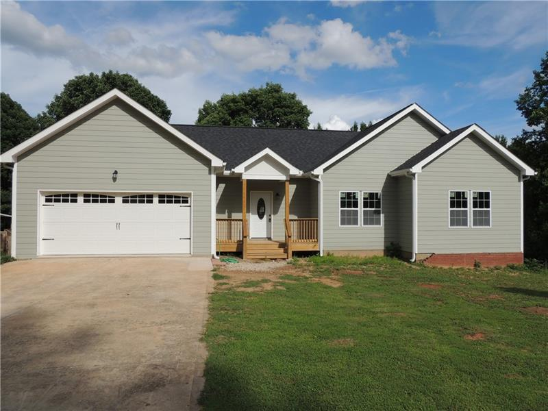 Image for property 680 Creek View Drive, Hoschton, GA 30548