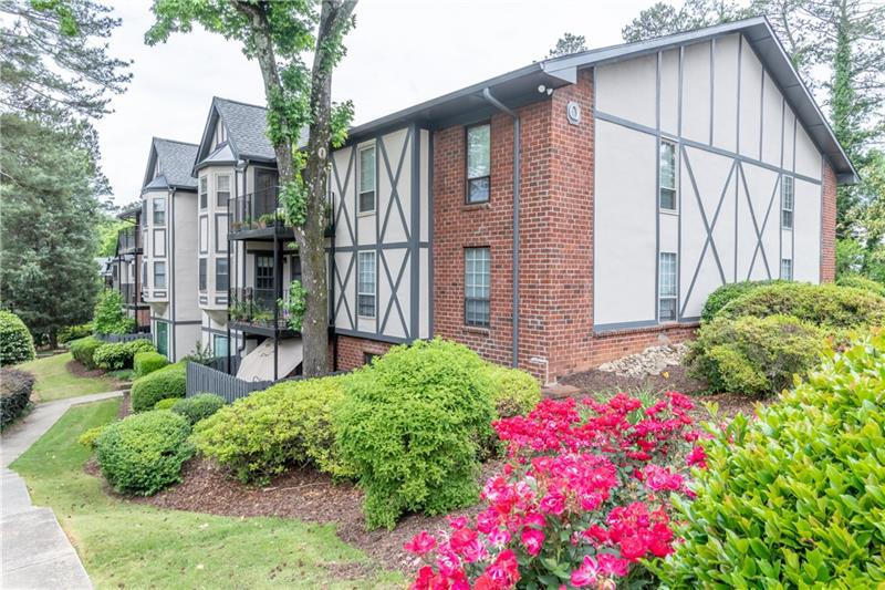 Image for property 6851 Roswell Road Q-30, Sandy Springs, GA 30328