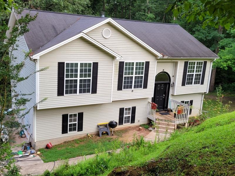 Image for property 3860 VALLEY CREEK Drive, Flowery Branch, GA 30542