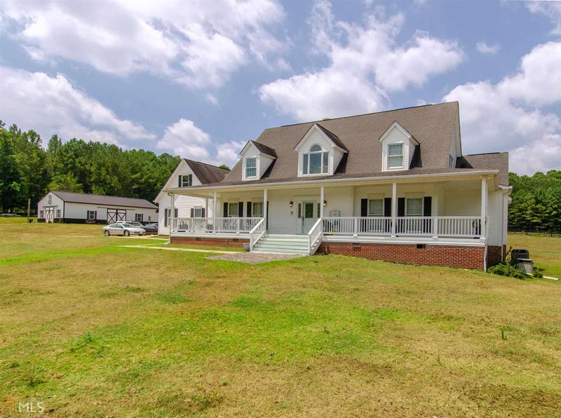 Image for property 440 Summers Mccoy, Newnan, GA 30263