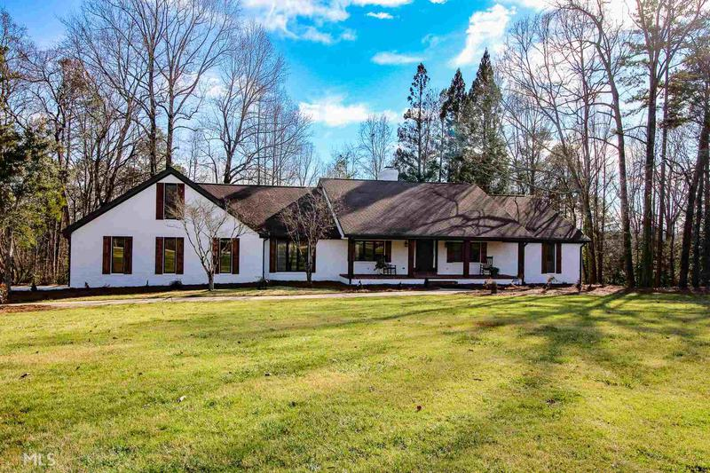 Image for property 3525 Greystone Rd, Gainesville, GA 30506