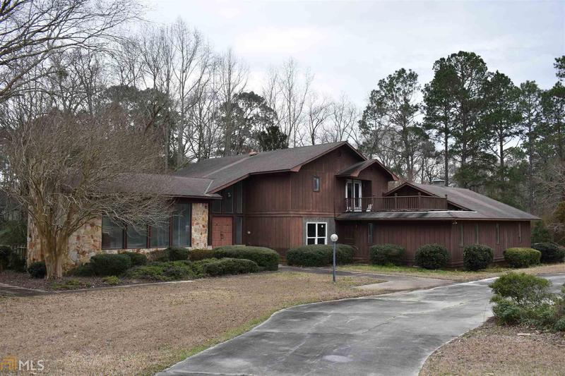 Image for property 555 Willow Lake Dr, Metter, GA 30439