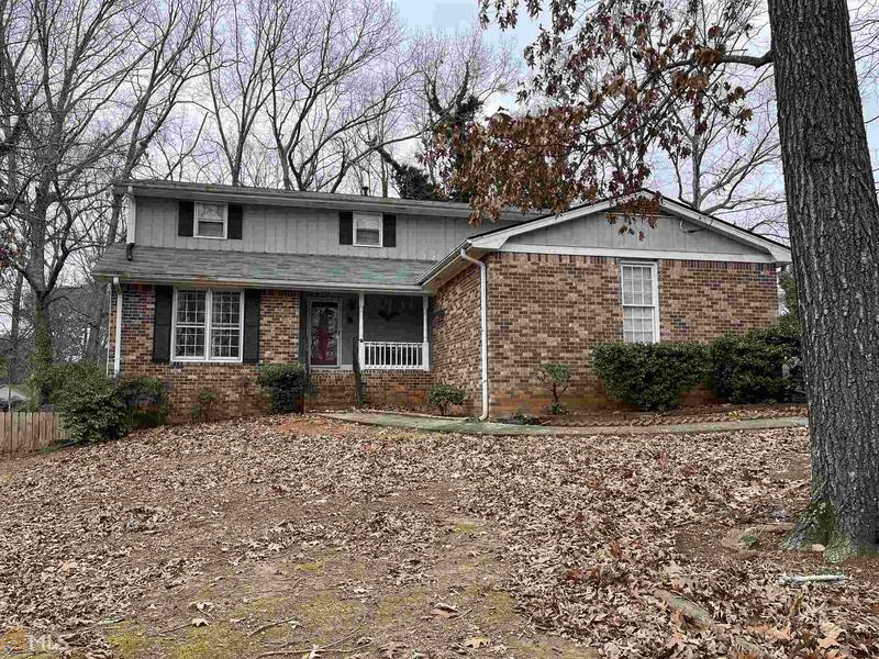 Image for property 2585 Highland Dr, Conyers, GA 30013-1926
