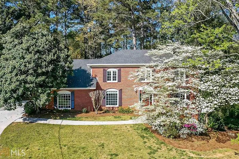 Image for property 4752 Pine Acres Ct, Dunwoody, GA 30338