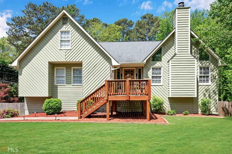 Image for property 532 Victoria Rd, Woodstock, GA 30189