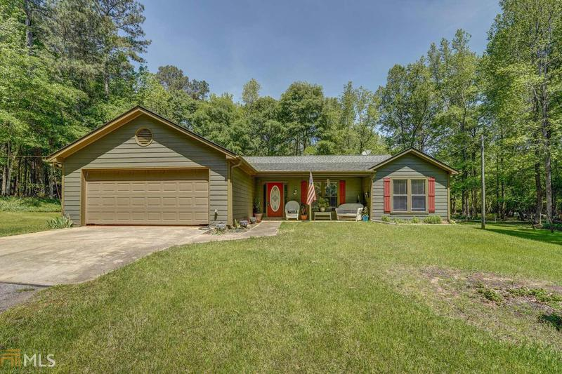 Image for property 1310 Estes Rd, Mansfield, GA 30055