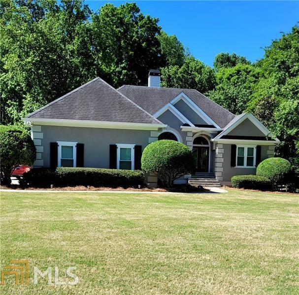 Image for property 4530 Waterford Dr, Suwanee, GA 30024-1455