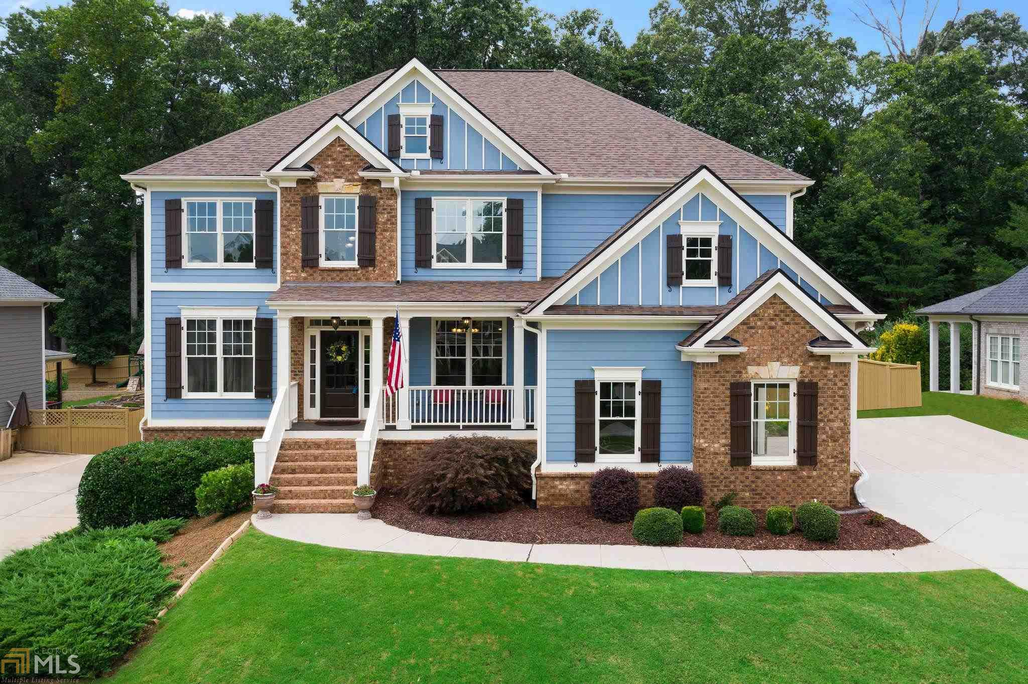 Image for property 742 Crescent Cir, Holly Springs, GA 30115-4771