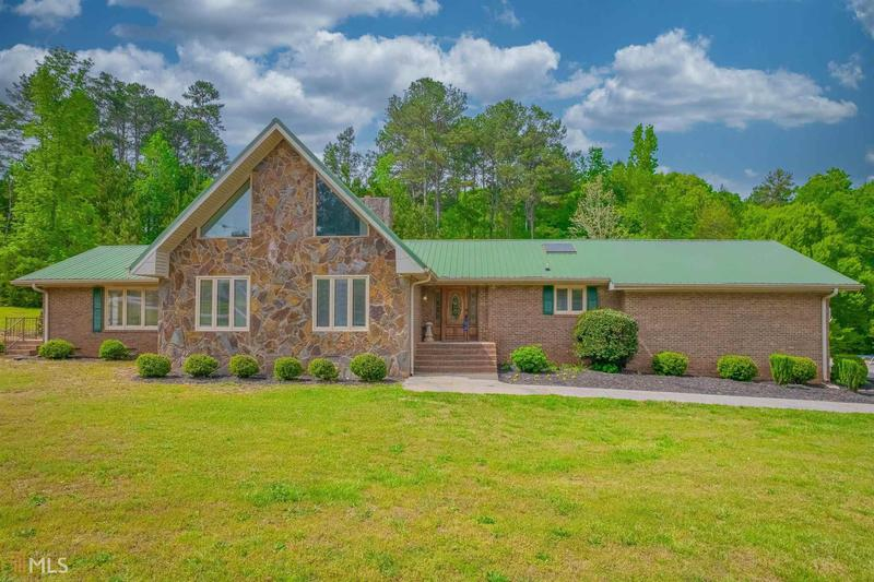 Image for property 67 Sunrise Dr, Lavonia, GA 30553