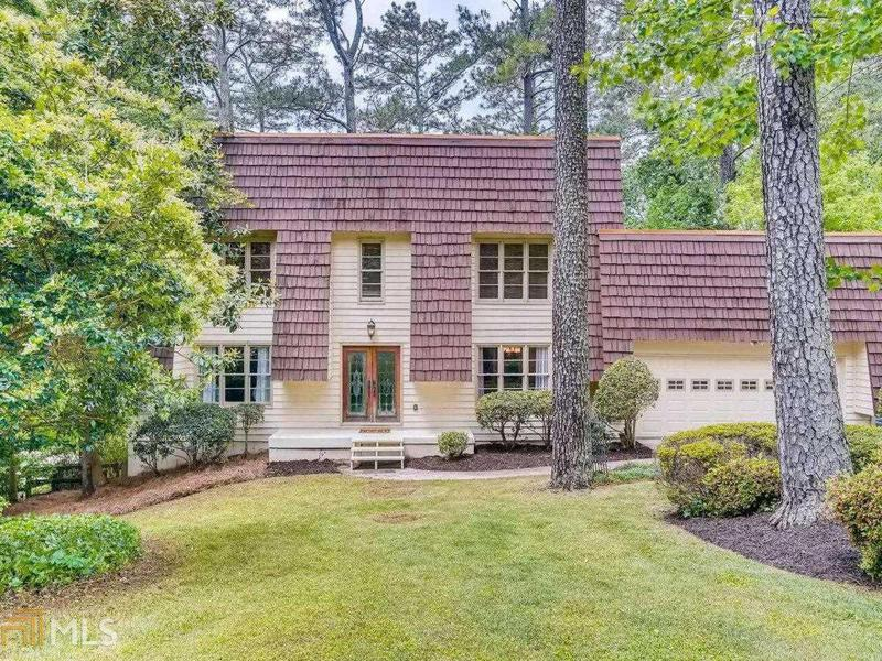 Image for property 5108 Willow Point Pkwy, Marietta, GA 30068